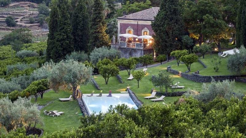 Agriturismi con piscina in Sicilia per le vacanze estive