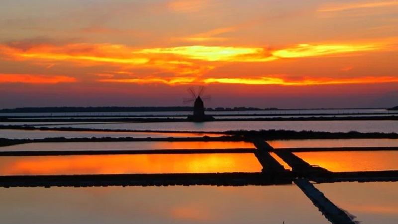 Il tramonto delle saline di Marsala è il quarto più bello del mondo – IL VIDEO
