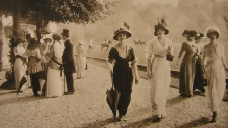Promenade à l'île des Femmes: a Isola delle Femmine una passeggiata nell'arte del vestire dal Settecento a oggi