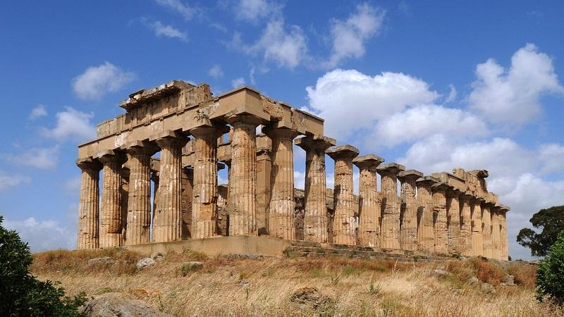 In Sicilia boom di visitatori nelle aree archeologiche: oltre mille presenze a Selinunte