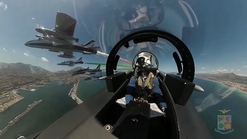 Le Frecce Tricolori a Palermo, il VIDEO dell'Aeronautica Militare Italiana